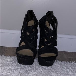 Black wedged high heel Steve Madden